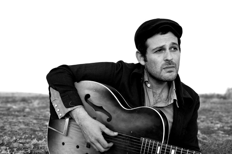 Gregory Alan Isakov Announces U.S. 2015 Tour