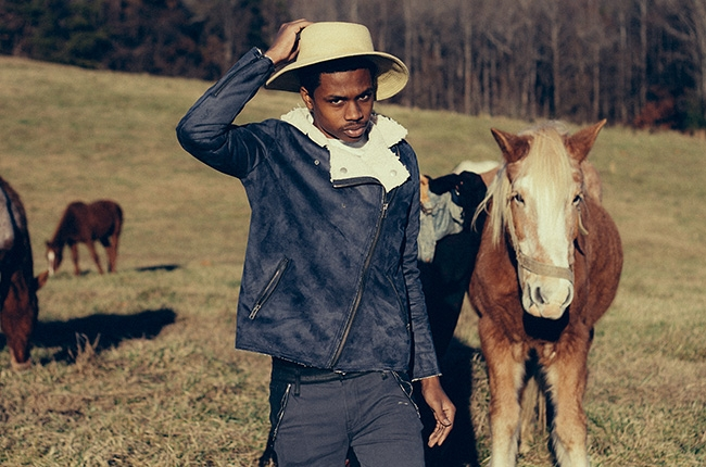"Raury Announces ""Indigo Child Tour"""