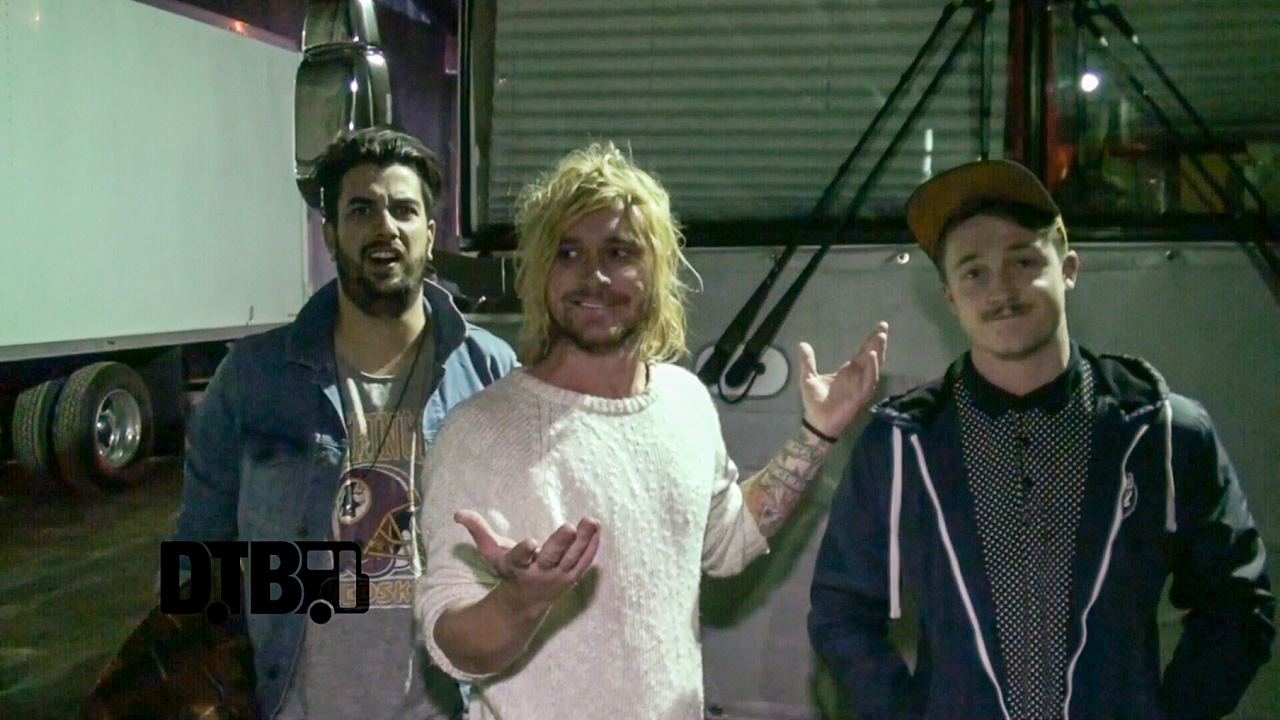 The Griswolds – BUS INVADERS Ep. 797 [VIDEO]