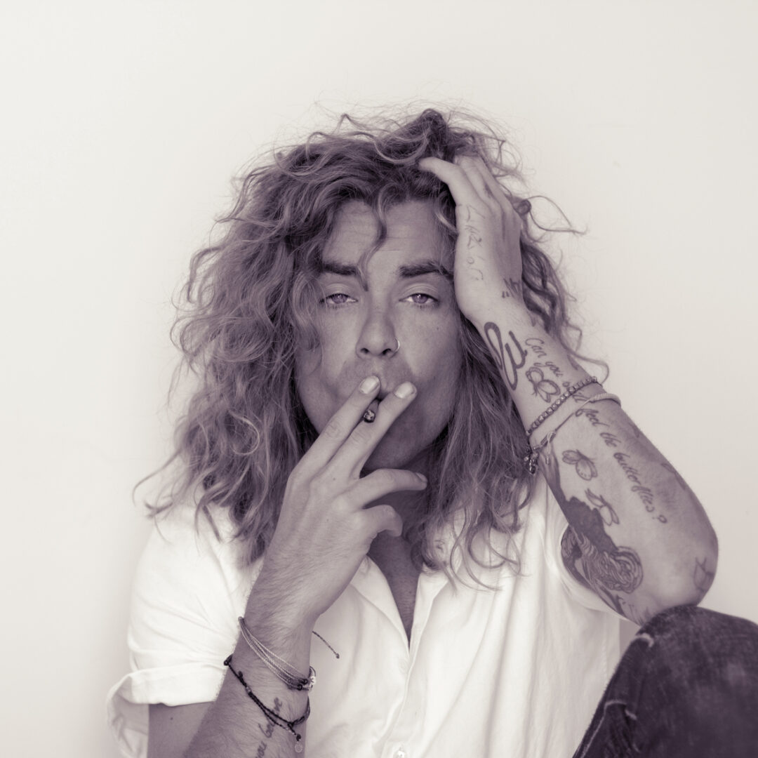 "Mod Sun Announces the ""Pink Lemonade Tour"""