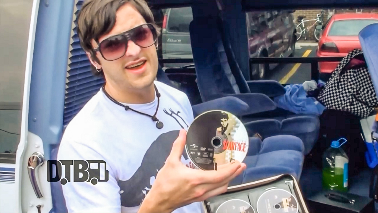October Nites – BUS INVADERS (The Lost Episodes) Ep. 86 [VIDEO]
