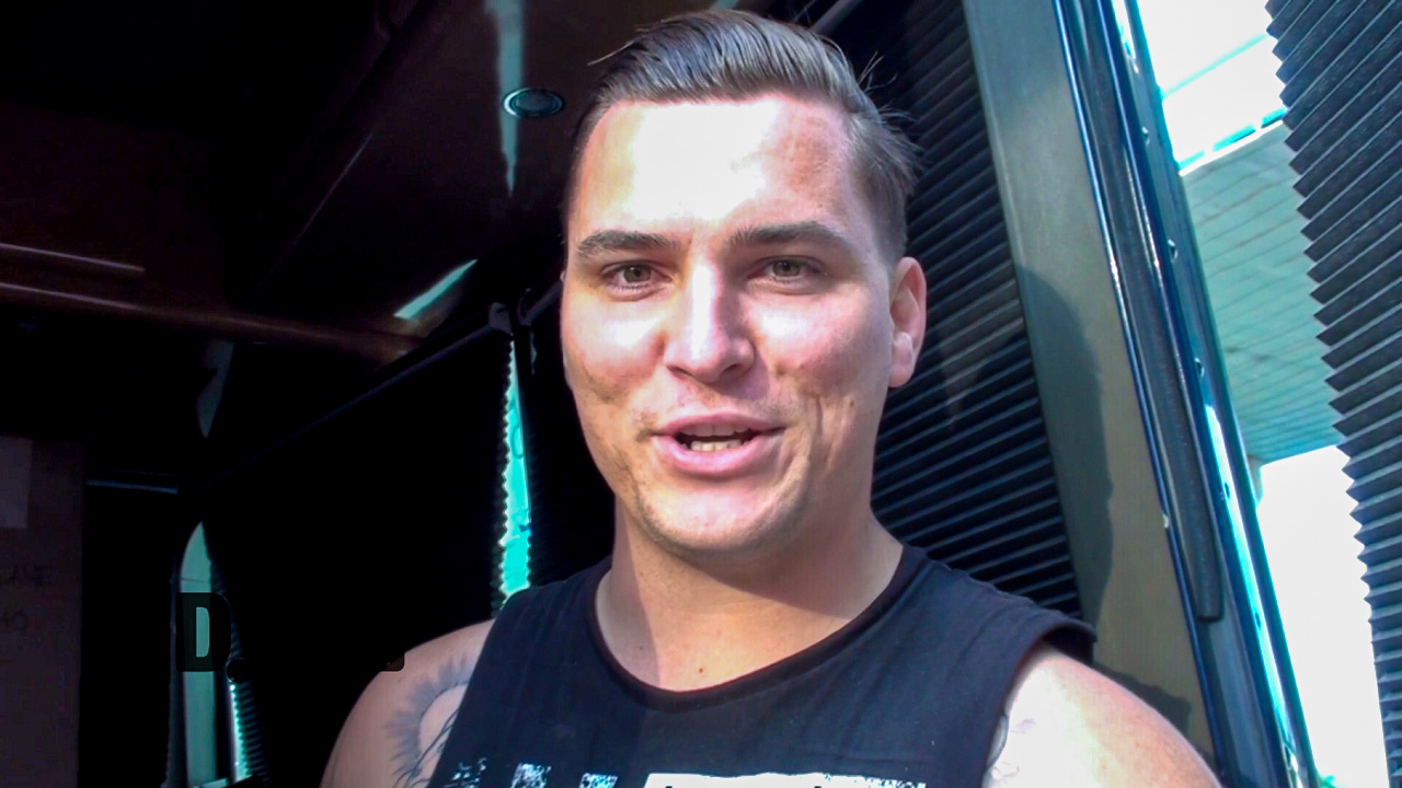 The Amity Affliction – BUS INVADERS Ep. 871 [VIDEO]