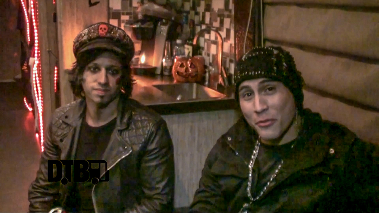 Escape The Fate – CRAZY TOUR STORIES Ep. 345 [VIDEO]