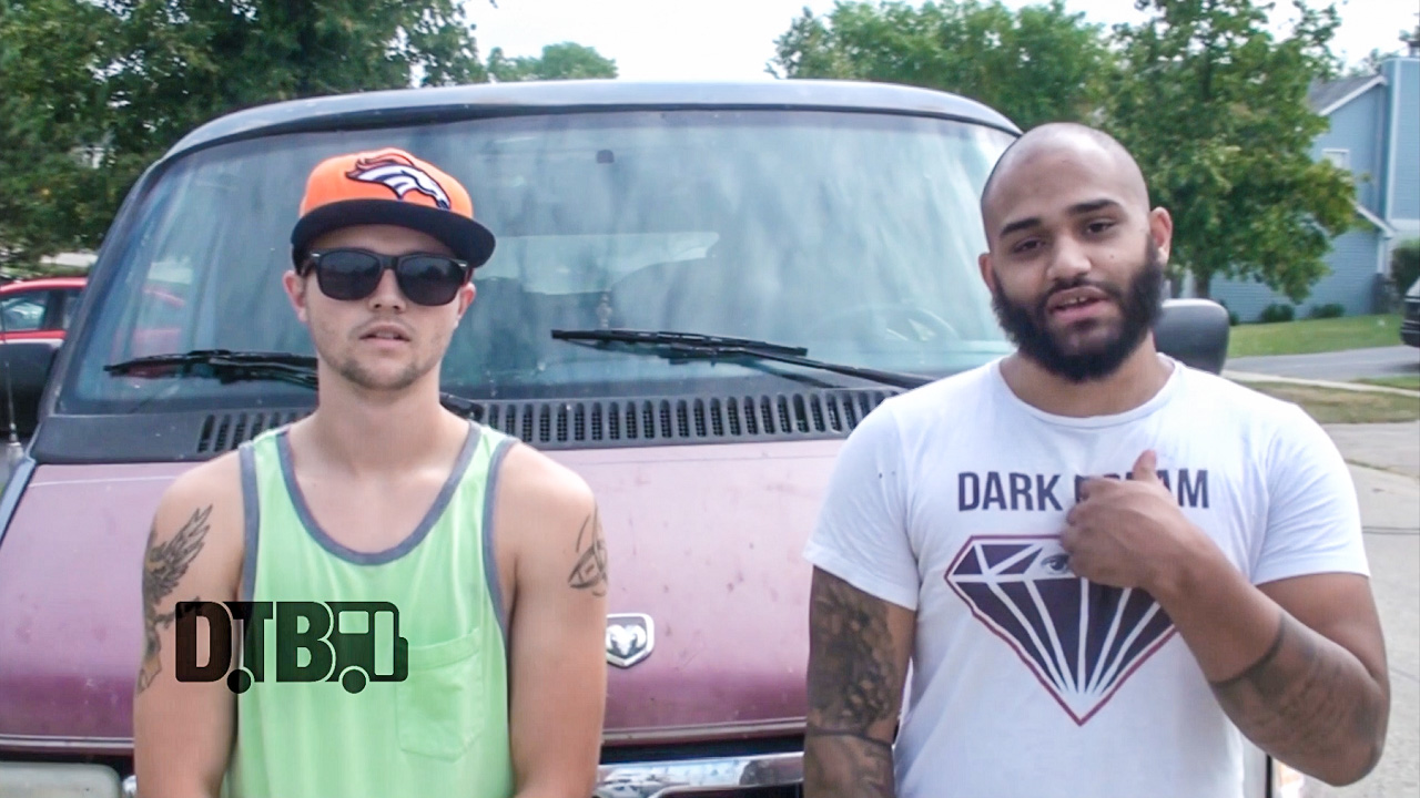 Roots Like Mountains – BUS INVADERS Ep. 910 [VIDEO]