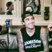 Sleeping With Sirens – PRESHOW RITUALS Ep. 239 [VIDEO]