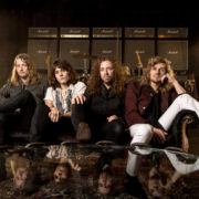 Tyler Bryant & the Shakedown – CRAZY TOUR STORIES