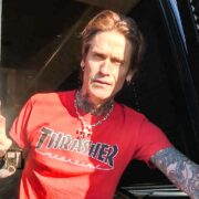 Buckcherry – BUS INVADERS Ep. 1435 [VIDEO]