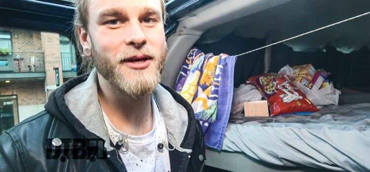 Half Hearted – BUS INVADERS Ep. 1432 [VIDEO]