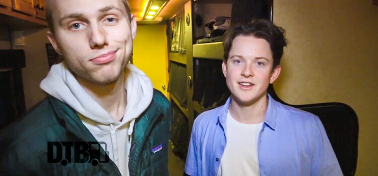 SWMRS – BUS INVADERS Ep. 1447 [VIDEO]