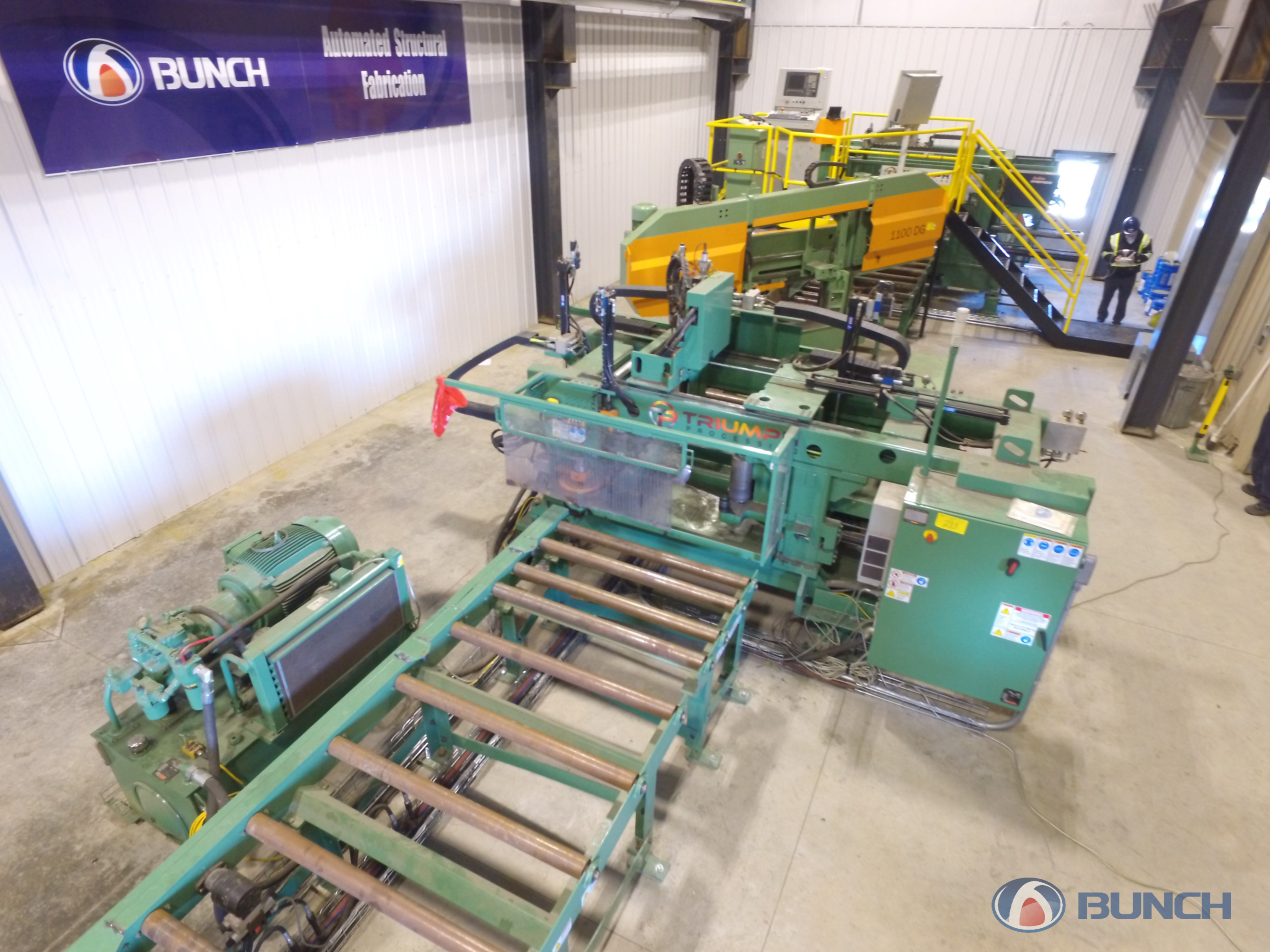 BUNCH AUTOMATED BAND SAW