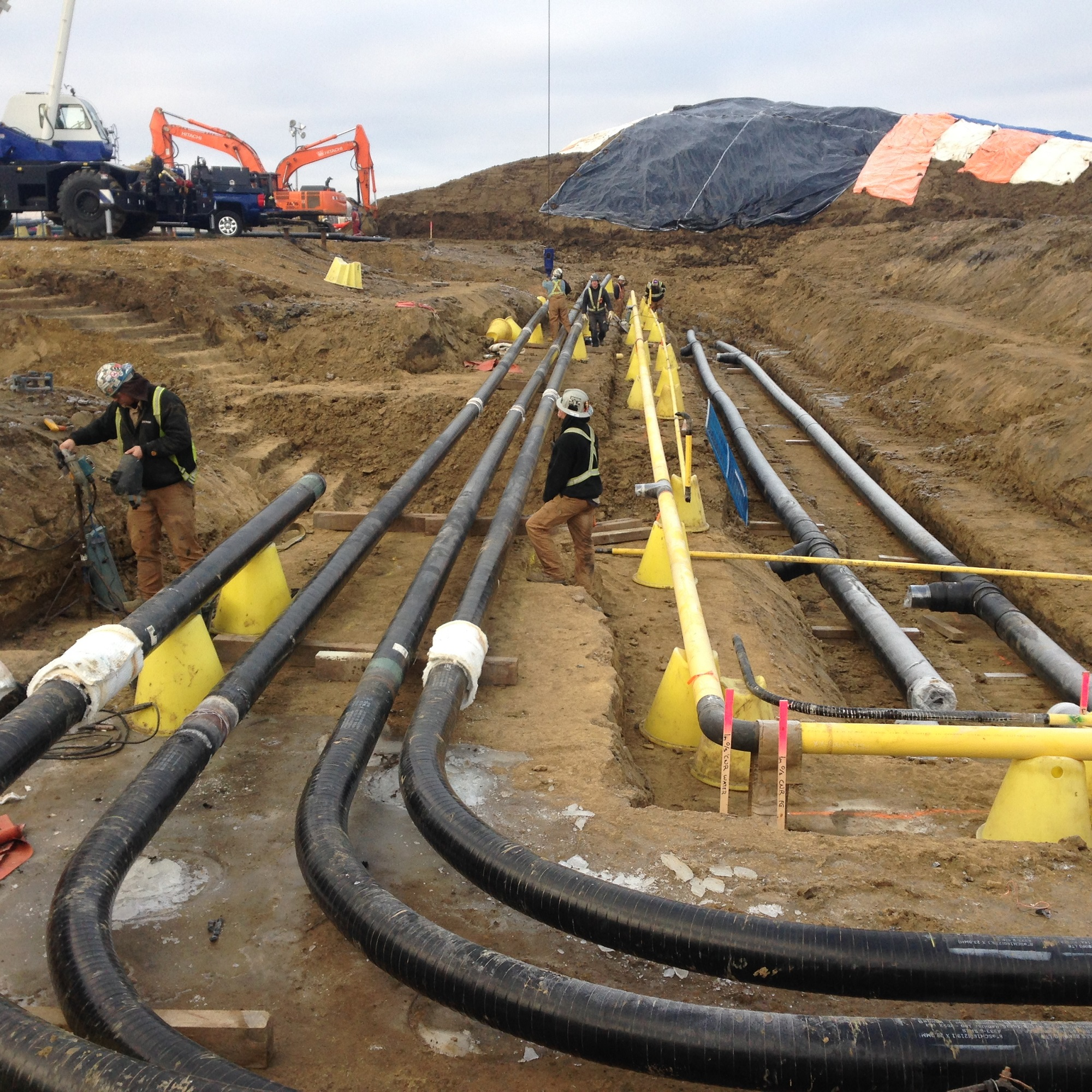 Bunch Refinery Facility Piping Construction