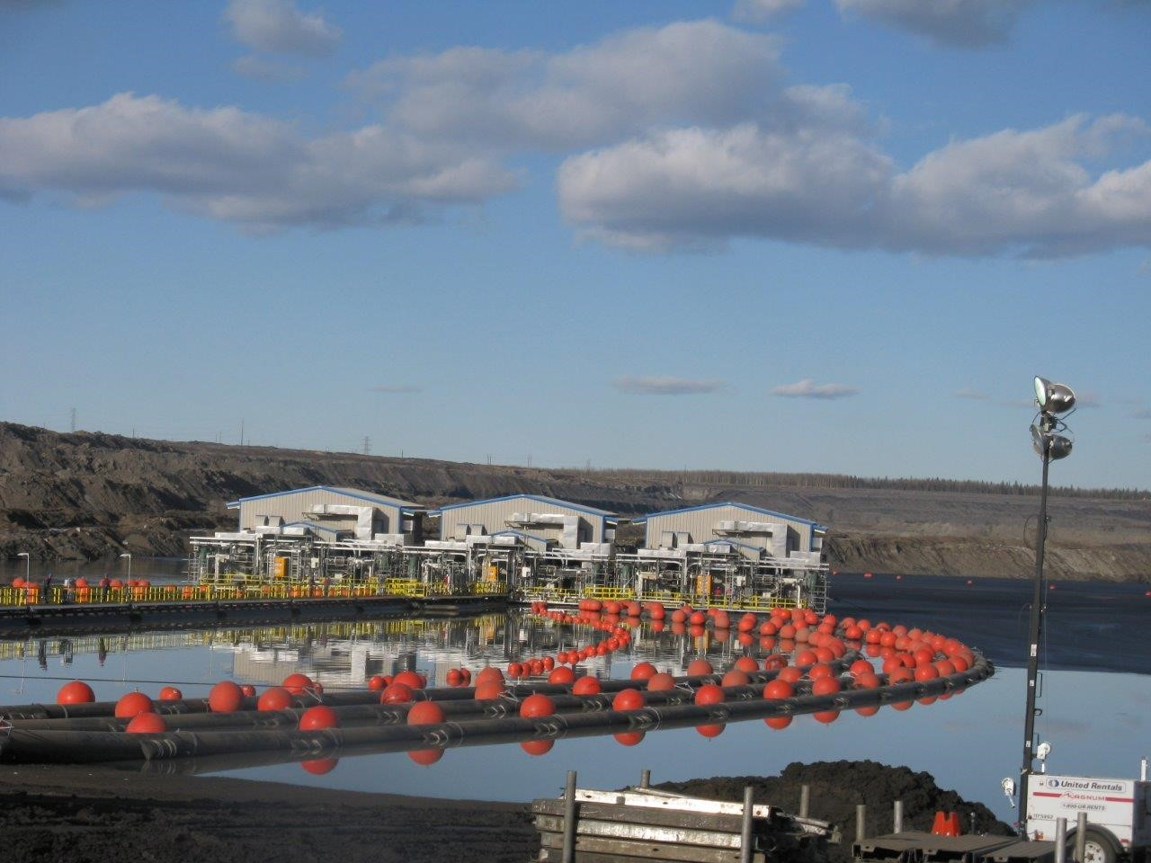 OIlsand_Construction_TFT_Barges_Fort_McMurray_Alberta3