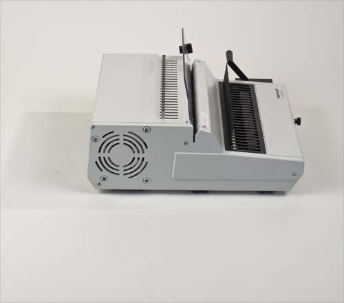 Combi E Plastic Comb Binding Machine by Renz image 6