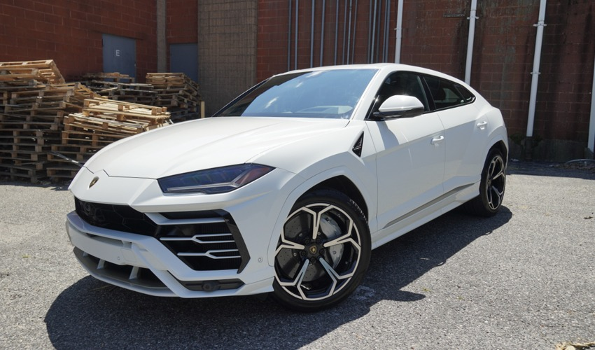 Lamborghini Urus For Rent, Long Island Exotic Cars