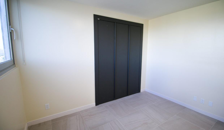 Summer Towers 2 3-Bedroom Bedroom 2-0190