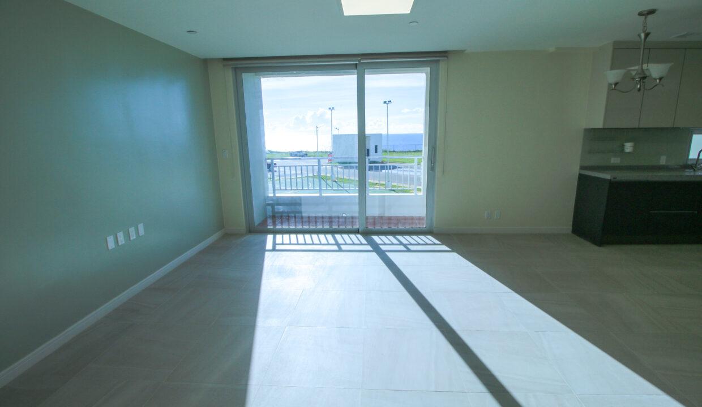 Summer Towers 2 3-Bedroom Living Room-0543
