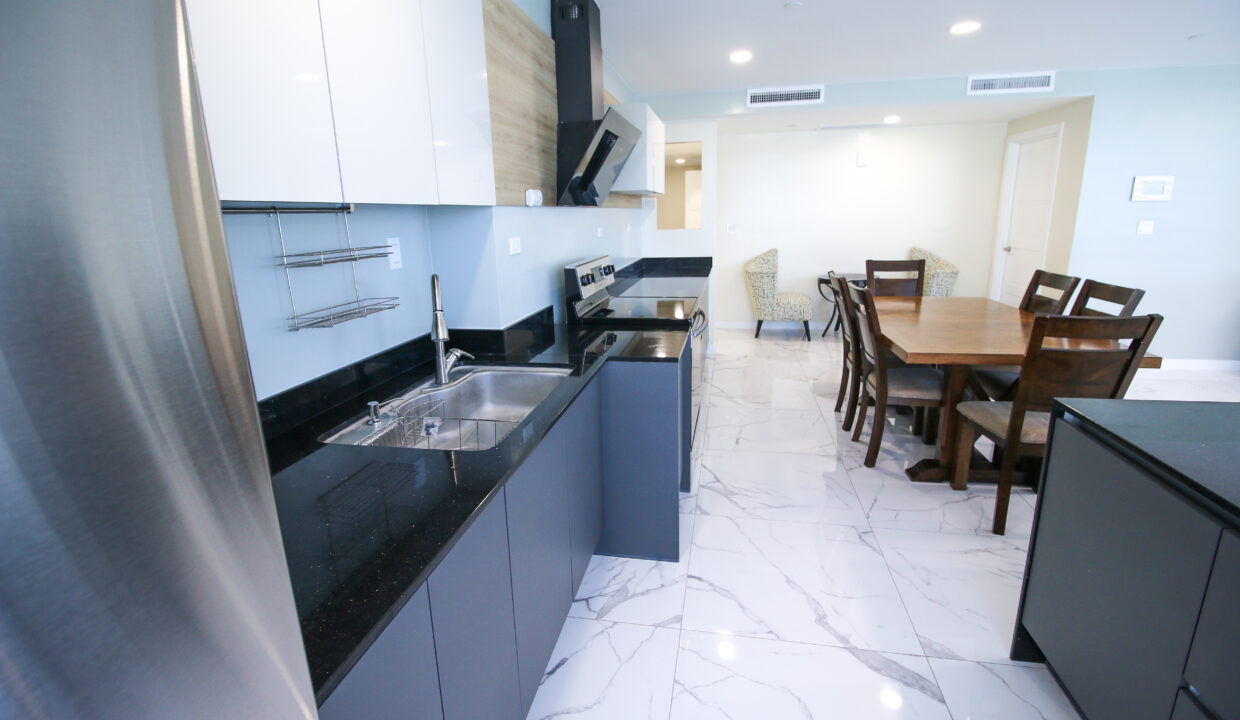 Summer Towers 3 4BD10042019-021