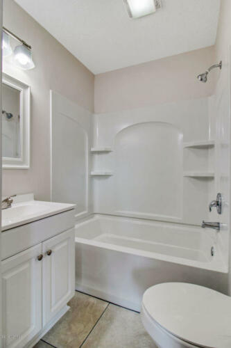 Victoria Master Bathroom