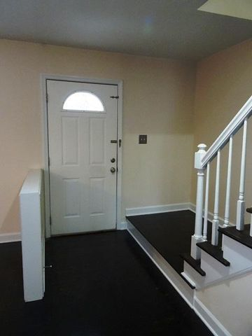 Halls, Stairs, & Utility