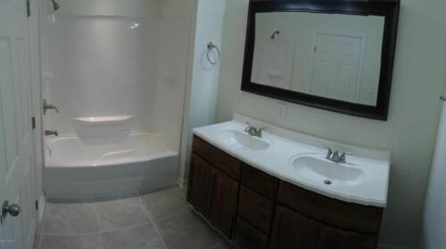 Hwy 41 Master Bath
