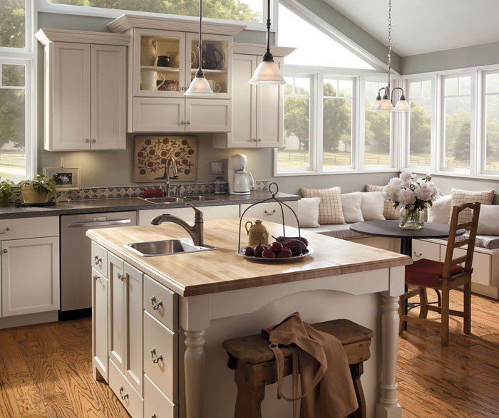 Benefits Of Using More Than One Countertop Material In The Kitchen