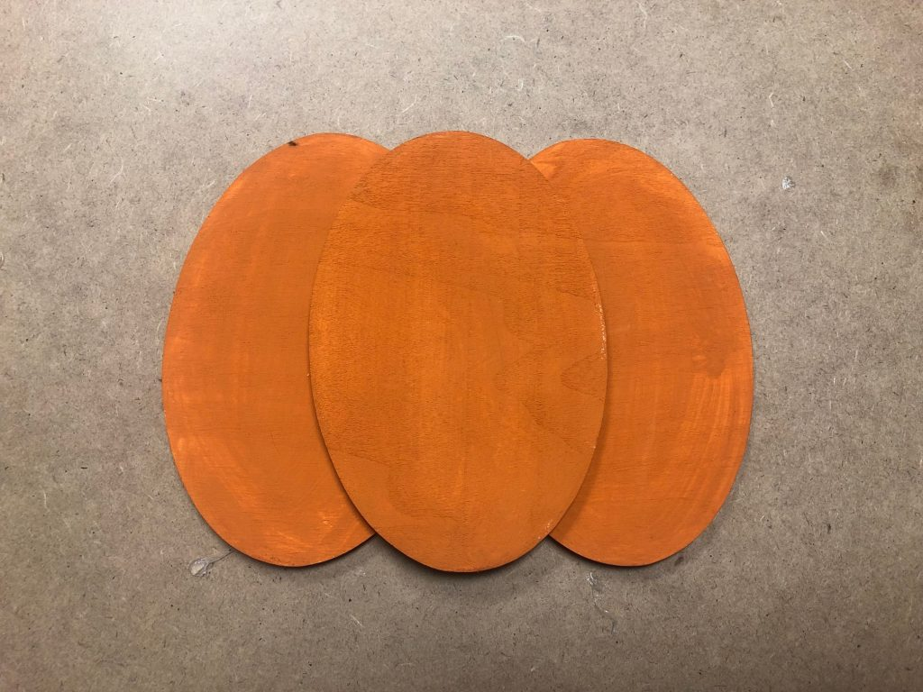 Learn how to make wooden pumpkin out of scraps of wood.