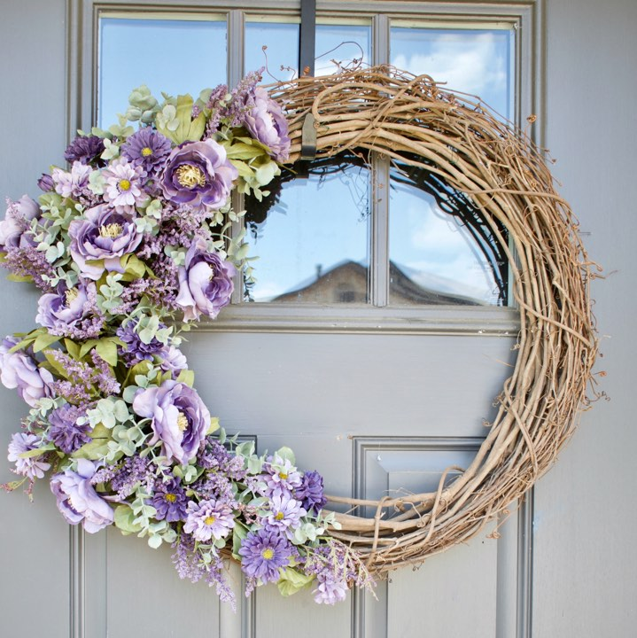Grapevine elegant fall wreath with fall flowers