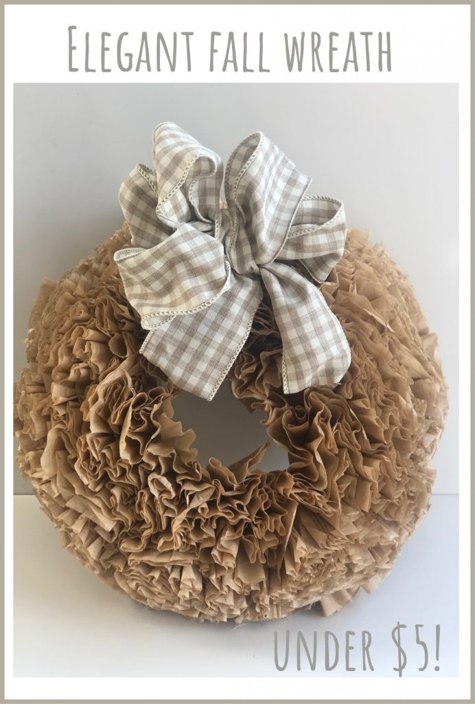 Texture and softness of this coffee filter wreath will add for sure some much character to your space! Elegant fall wreath DIY with Easy Simple Folded Bow #fallwreath #falldiy #falldecor #wreathdiy