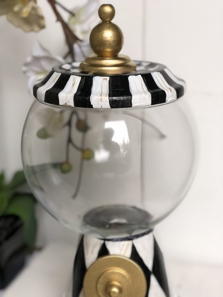 Learn how to make MacKenzie Childs like Snow Globe Gumball machine out terra cotta pots! #gumballmachine #snowglobediy #Mackenziechilds