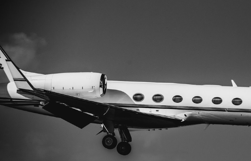 Beyond Legroom: Why to Fly on a Private Chartered Plane