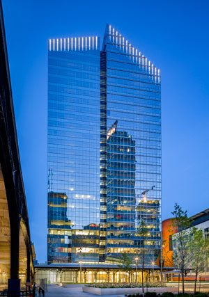 Deloitte Tower/La Tour Deloitte, Montreal. Provided by The Cadillac Fairview Corporation Limited. Photo: Stéphan Poulin