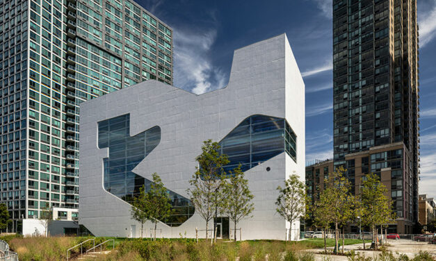 Hunters Point Library brings community-devoted space to the Long Island City waterfront