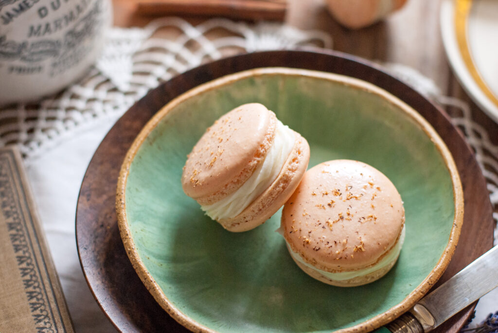 Caramel Apple Pie French Macarons
