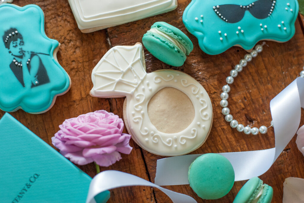 Learning to Decorate Fancy Sugar Cookies