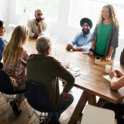 How to Become More Comfortable at Networking Events