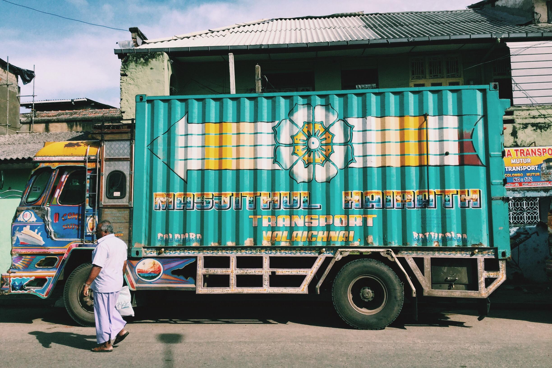 Cargo truck sri lanka