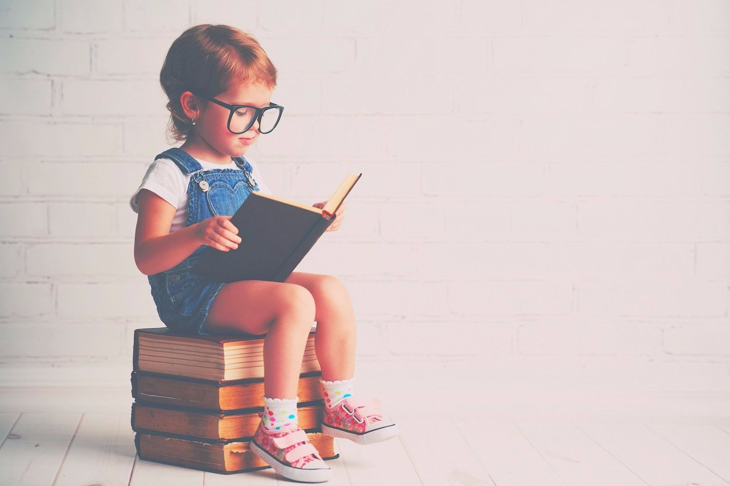 Read Better with Glasses