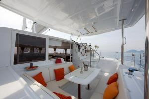 Lagoon 420 Catamaran Charter Greece
