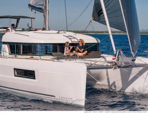 Lagoon 40 Catamaran Charter Greece