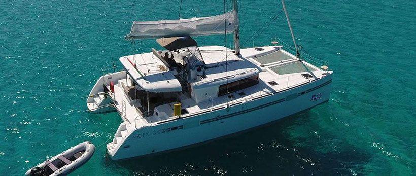 Lagoon 450 F Catamaran for Charter in Greece