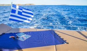 Sanya 57 Catamaran Charter Greece 15