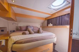 Sanya 57 Catamaran Charter Greece 9