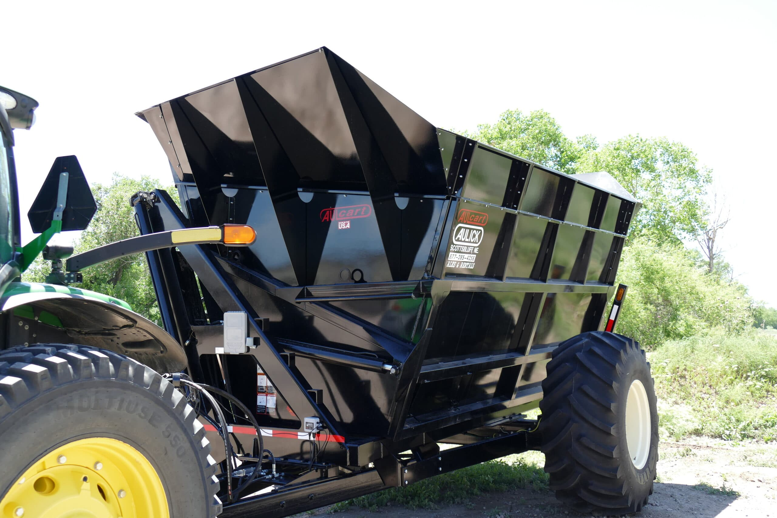 Aulick Dump Cart with Seed Corn Extensions