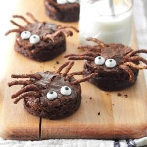 Spooky Spider Brownie Treats for this Halloween