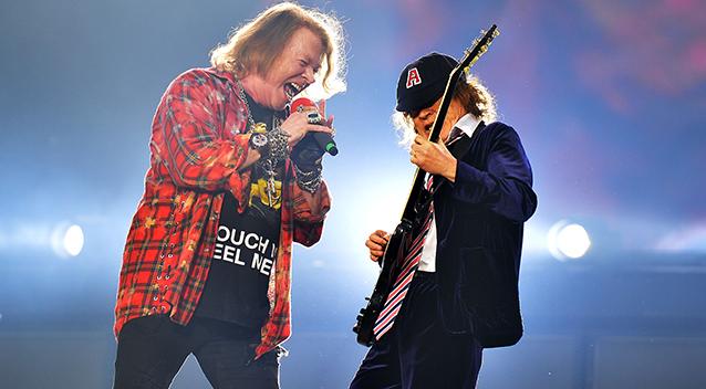 Angus Young invitado de Guns N' Roses en Sidney