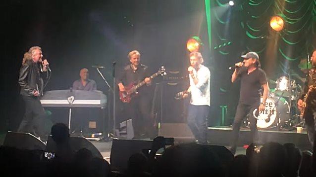 Brian Johnson regreso a los escenarios y canto junto a Robert Plant y Paul Rodgers