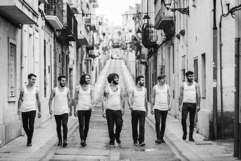 La Maravillosa Orquesta del Alcohol: Un viaje a la Vida