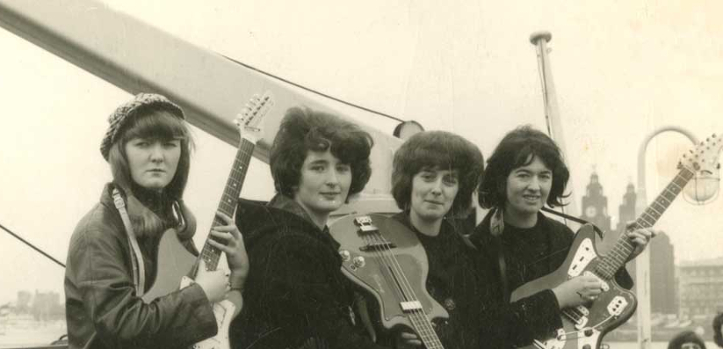 #GirlsWithGuitars: The Liverbirds
