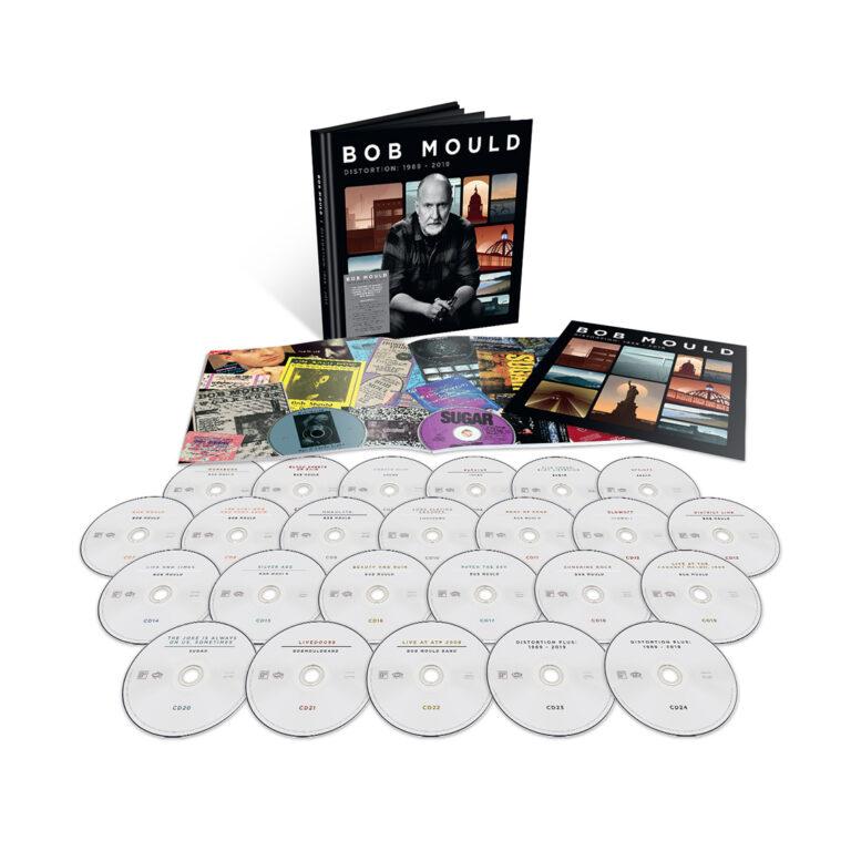 """Bob Mould anuncia """"Distortion"""" un boxset de 24 discos de toda su carrera"""