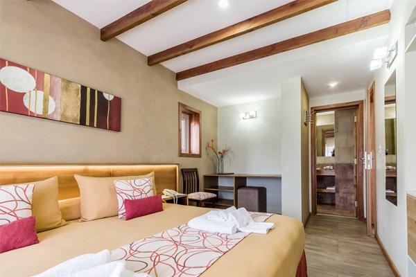 Hotel Bariloche AntuKuyen Habitacion